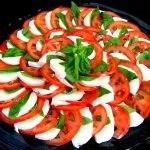 Caprese Tomato & Mozzarella Tray